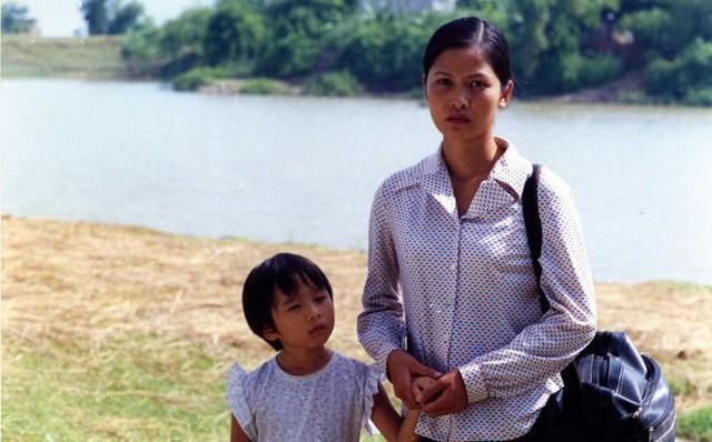 Nhan sắc xinh đẹp của vợ NSƯT Trung Anh - Ảnh 3.