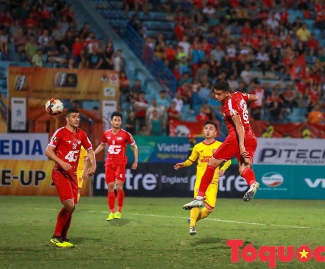 HLV Viettel: Có thể trận đấu chán nên thầy Park bỏ về - Ảnh 1.