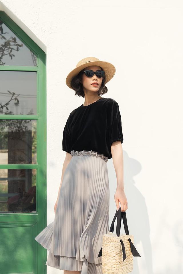 Những mẫu trang phục gây sốt dịp đầu hè của Tăng Thanh Hà - Ảnh 3.