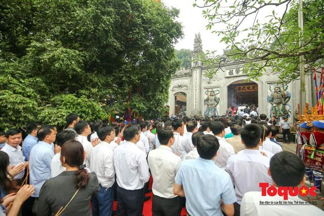 Lãnh đạo Đảng, Nhà nước dâng hương tưởng nhớ các Vua Hùng - Ảnh 10.