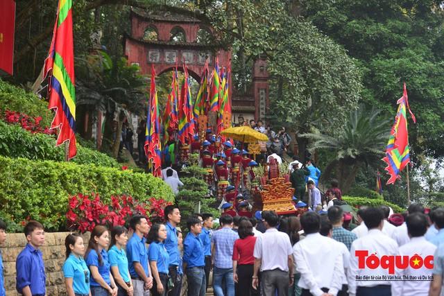 Lãnh đạo Đảng, Nhà nước dâng hương tưởng nhớ các Vua Hùng - Ảnh 2.