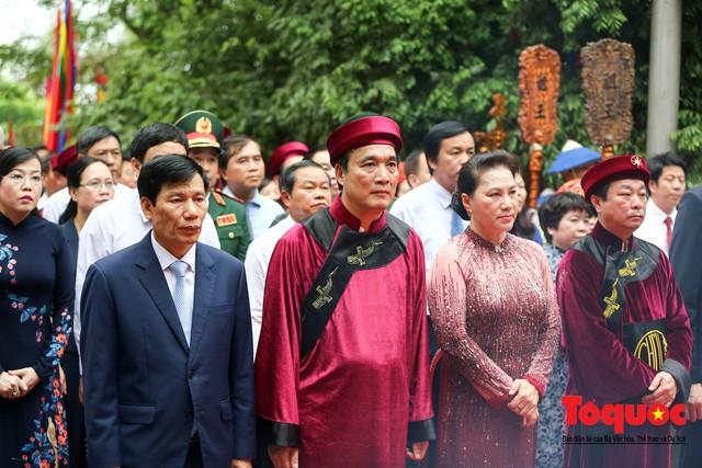 Lãnh đạo Đảng, Nhà nước dâng hương tưởng nhớ các Vua Hùng - Ảnh 7.