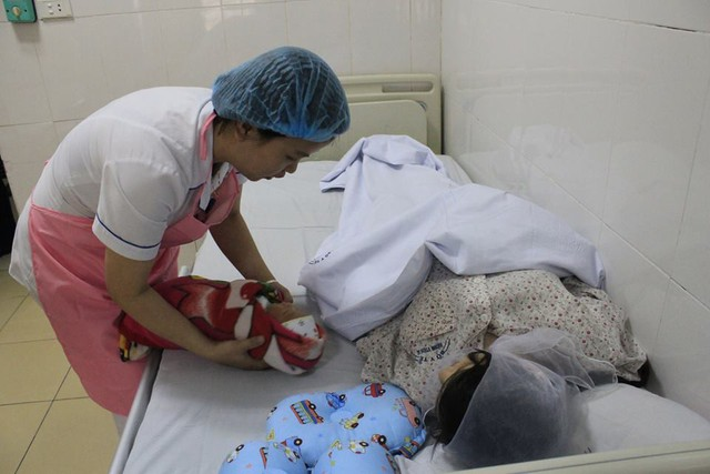 Kỳ tích: Bị bệnh viện từ chối phẫu thuật tim vì sợ tử vong, bệnh nhân vẫn sinh con đầu lòng nặng 3,1kg  - Ảnh 1.