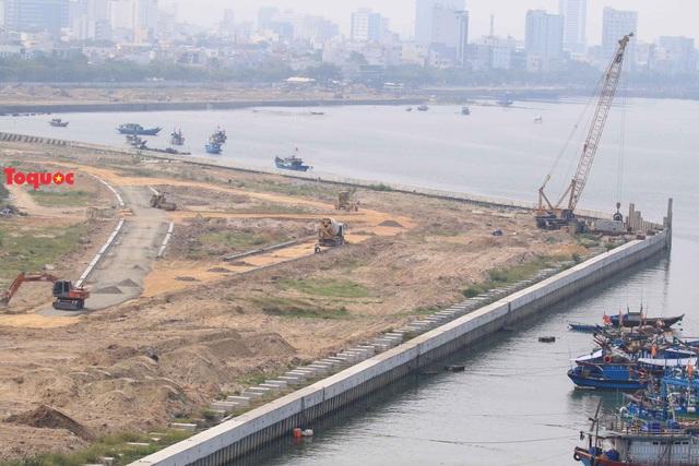 Sở Xây dựng Đà Nẵng và chủ đầu tư lên tiếng về dự án bất động sản và bến du thuyền bên sông Hàn - Ảnh 4.
