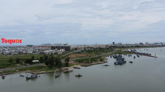 Sở Xây dựng Đà Nẵng và chủ đầu tư lên tiếng về dự án bất động sản và bến du thuyền bên sông Hàn - Ảnh 1.