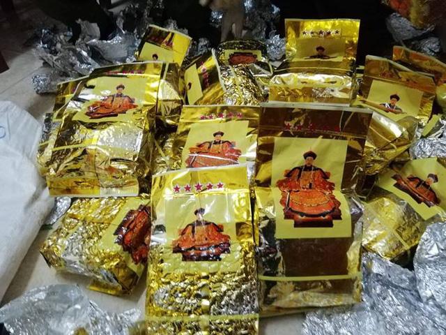 Nghệ An: Bắt gần 1,7 tấn ma túy ngụy trang trong loa thùng, có đối tượng người nước ngoài cầm đầu - Ảnh 1.
