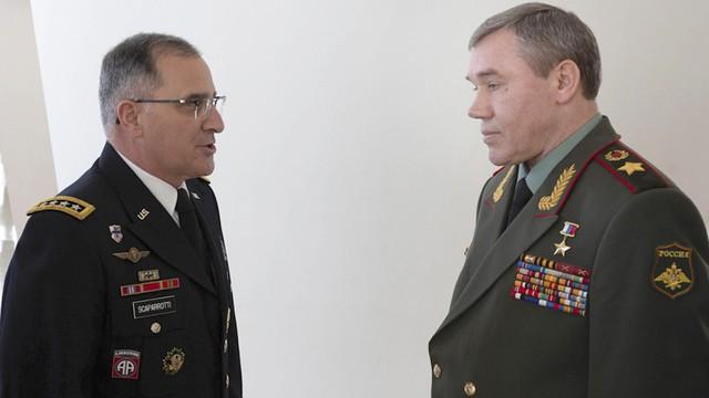 Giữa mối tơ vò, Nga và NATO có bao giờ nghĩ tới cách làm lắng xuống căng thẳng? - Ảnh 1.