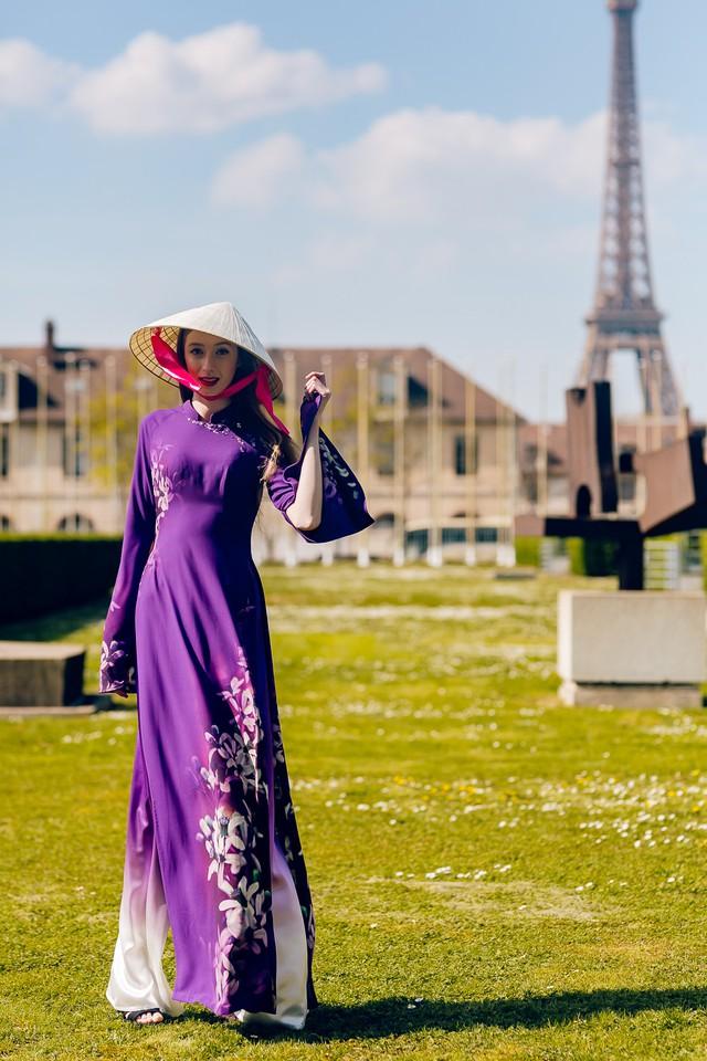 Áo dài Việt tung bay trên quảng trường UNESCO của Pháp - Ảnh 4.