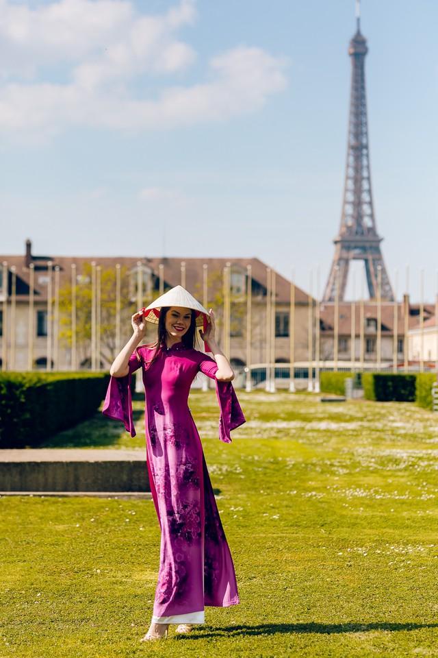 Áo dài Việt tung bay trên quảng trường UNESCO của Pháp - Ảnh 8.