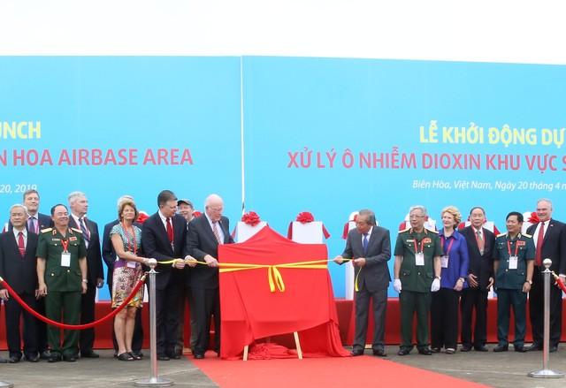 Việt Nam- Hoa Kỳ khởi động dự án xử lý dioxin ở điểm nóng ô n- hiễm lớn nhất Việt Nam - Ảnh 3.