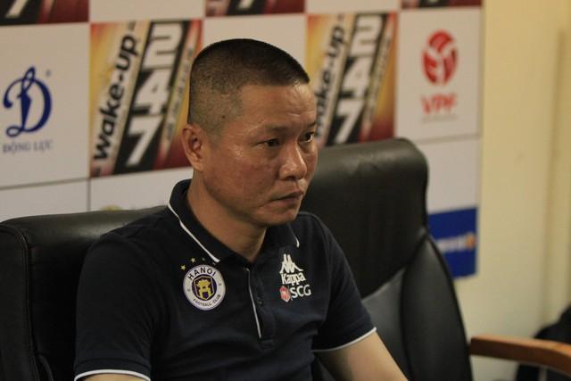 HLV trưởng Hà Nội FC Chu Đình Nghiêm: Tôi đánh giá đối thủ đáng gờm nhất là SLNA - Ảnh 1.