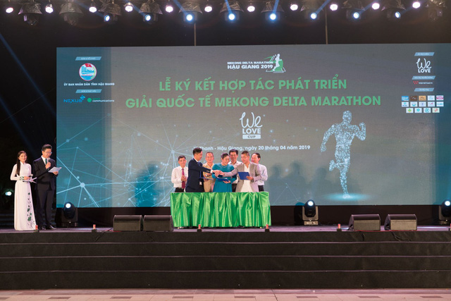 Hàng ngàn vận động viên tham gia giải Marathon quốc tế Hậu Giang 2019 - Ảnh 2.