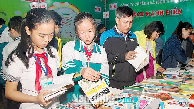 Nam Định: Đa dạng các hình thức phát triển văn hóa đọc - Ảnh 1.