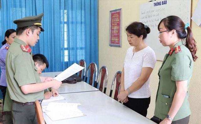 Bộ trưởng GD&ĐT thẳng thắn nói về gian lận thi Hòa Bình, Sơn La, Hà Giang - Ảnh 2.