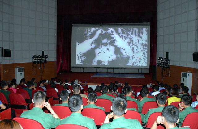Khai mạc Tuần phim kỷ niệm 65 năm Chiến thắng Điện Biên Phủ - Ảnh 1.