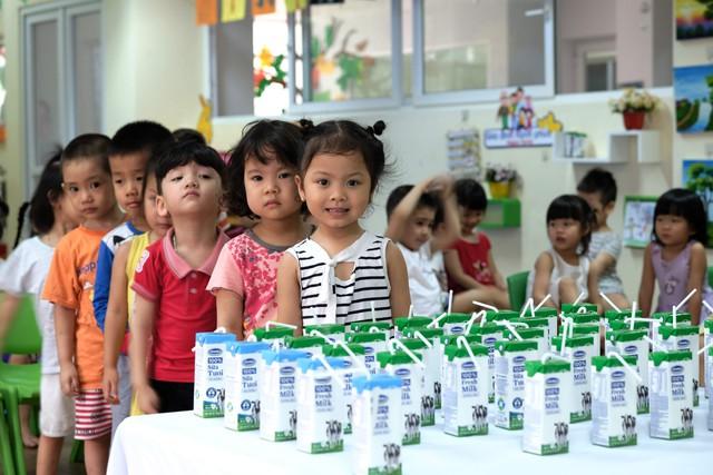 Sữa học đường - sữa không là chưa đủ - Ảnh 1.