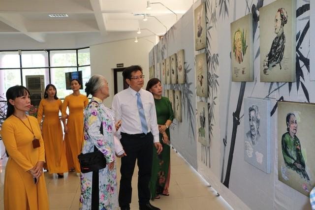 Giới thiệu bộ sưu tập các dòng tranh dân gian truyền thống Việt Nam - Ảnh 2.