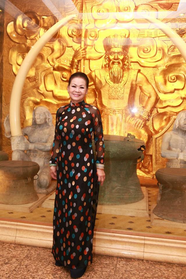 Khánh Ly tiết lộ nỗi sợ khi xuất hiện tại đám tang Trịnh Công Sơn - Ảnh 3.