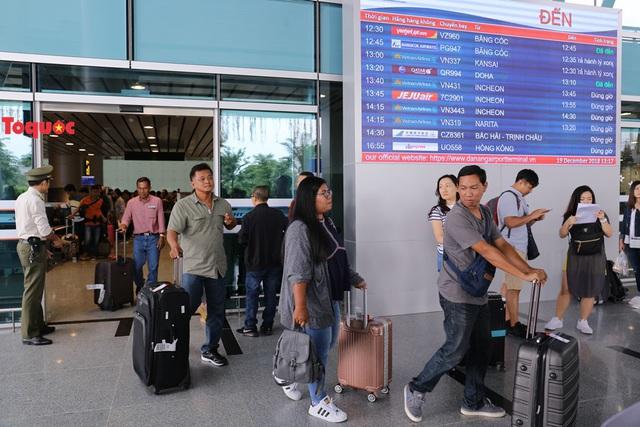 Đà Nẵng hút khách dịp nghỉ lễ 30/4 và 1/5  - Ảnh 1.