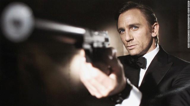 Jame Bond tái hiện: Daniel Craig hóa thân màn kịch gay cấn cuối cùng - Ảnh 1.