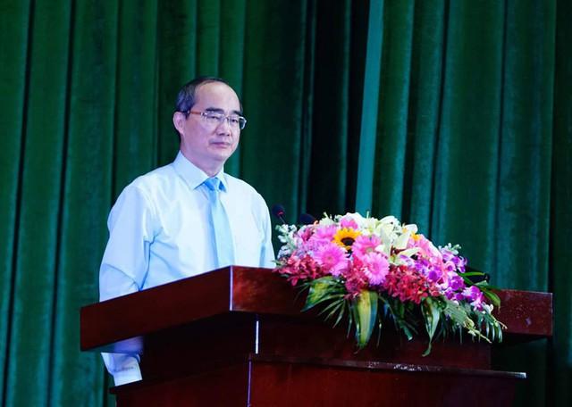 Phó giám đốc công an TP.HCM được giới thiệu làm Phó chủ tịch TP - Ảnh 1.