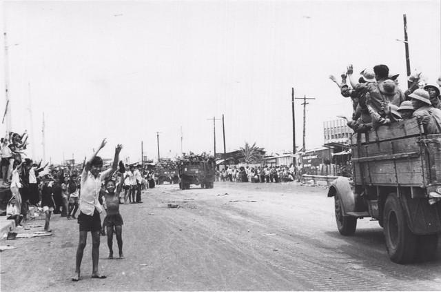 Chiến dịch Hồ Chí Minh toàn thắng qua thơ và trường ca - Ảnh 2.