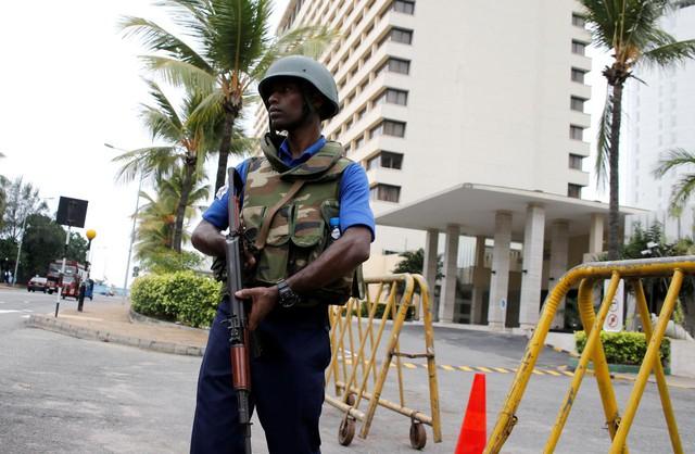 Du lịch Sri Lanka thiệt hại thảm khốc sau đánh bom liên hoàn - Ảnh 1.