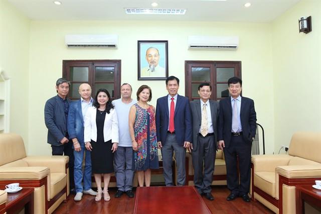 Tượng đài của Thể dục dụng cụ thế giới đến Việt Nam  - Ảnh 3.