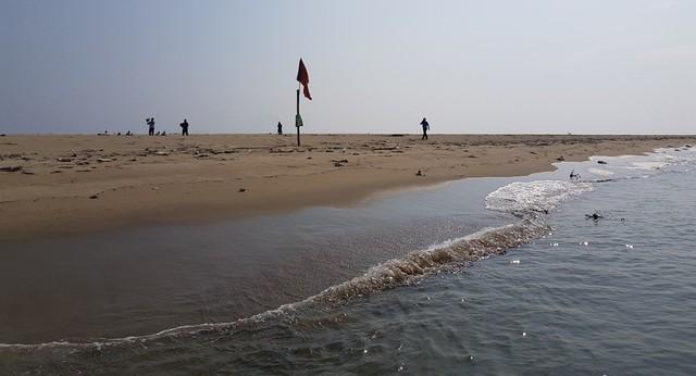 Quảng Nam: Cắm biển, cấm du khách tự ý ra đảo cát ở Hội An - Ảnh 1.
