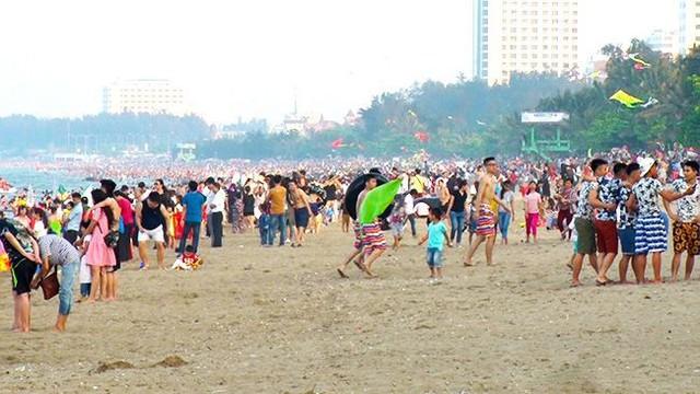 Nghệ An phấn đấu đến năm 2020 thu hút trên 5 triệu lượt khách du lịch lưu trú - Ảnh 1.
