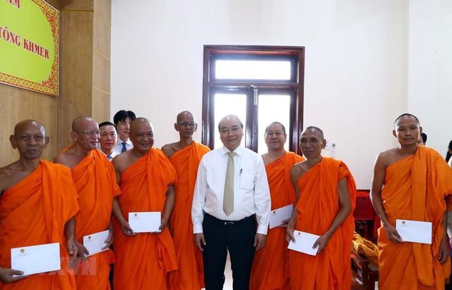 Đảng, Nhà nước luôn dành sự quan tâm đặc biệt với đồng bào Khmer - Ảnh 1.