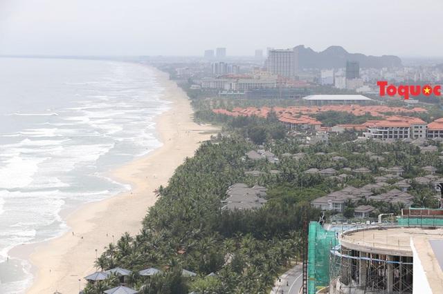 Đà Nẵng: Điều chỉnh dự án lối xuống biển khu vực giữa dự án khách sạn Furama và quần thể đô thị du lịch Ariyana - Ảnh 1.