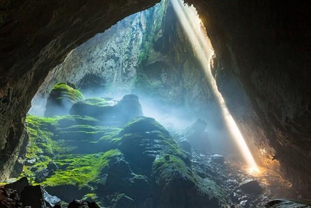 Các chuyên gia lặn hang động hàng đầu thế giới chưa tìm được lời giải đáp cho dòng sông ngầm bí ẩn dưới đáy Sơn Đoòng - Ảnh 1.