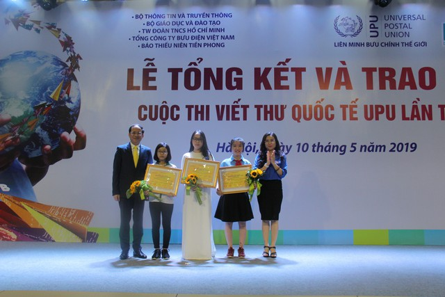 Nữ sinh Hải Dương giành giải nhất cuộc thi viết thư UPU lần thứ 48 năm 2019 - Ảnh 2.