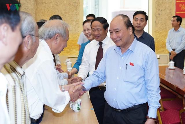 Hình ảnh Thủ tướng Nguyễn Xuân Phúc tiếp xúc cử tri TP. Hải Phòng - Ảnh 2.