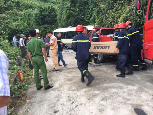 Xe khách chở đoàn sinh viên nước ngoài gặp nạn khi tham quan Bạch Mã - Ảnh 2.