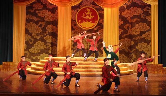 Thứ trưởng Lê Khánh Hải dự Khai mạc Liên hoan Sân khấu Tuồng và Dân ca kịch toàn quốc - Ảnh 2.