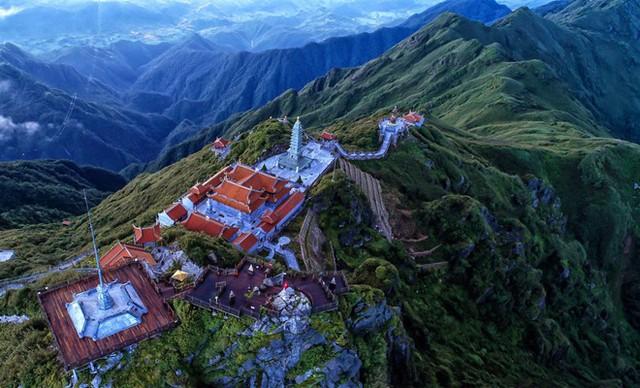 Tiếp nối chuỗi hoạt động tại Việt Nam, đoàn đại biểu Vesak quốc tế sẽ làm lễ cầu an trên đỉnh thiêng Fansipan - Ảnh 1.