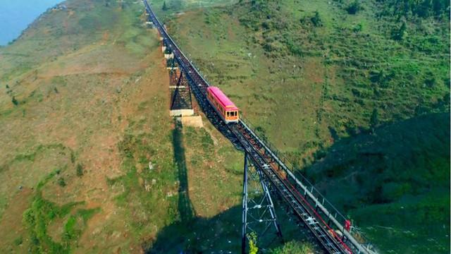 Tiếp nối chuỗi hoạt động tại Việt Nam, đoàn đại biểu Vesak quốc tế sẽ làm lễ cầu an trên đỉnh thiêng Fansipan - Ảnh 7.