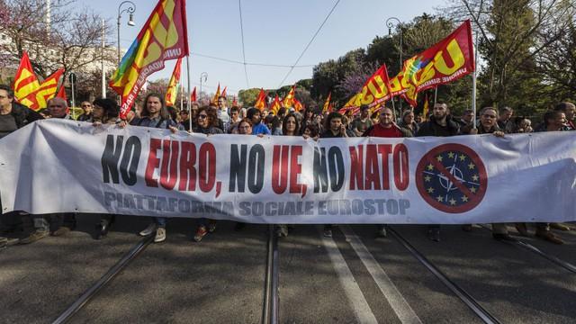 Rối ren trước bầu cử châu Âu: Cơn ác mộng chỉ mới bắt đầu của cựu lục địa? - Ảnh 1.