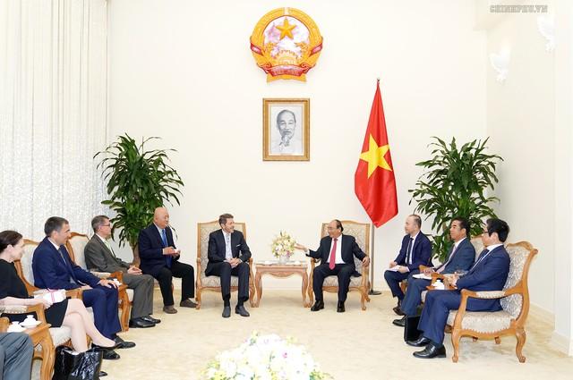 Thủ tướng Nguyễn Xuân Phúc tiếp các vị khách quốc tế - Ảnh 2.