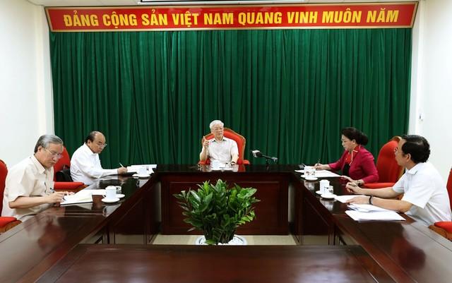 Tổng Bí thư, Chủ tịch nước Nguyễn Phú Trọng chủ trì họp lãnh đạo chủ chốt - Ảnh 3.
