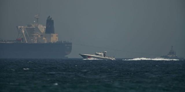 Giữa leo thang Mỹ - Iran: Năng lượng Trung Đông liên tục rung chuyển - Ảnh 1.