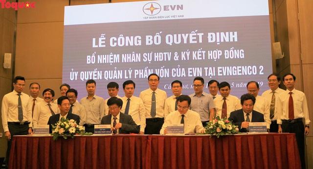 Tập đoàn Điện lực Việt Nam công bố các quyết định nhân sự tại EVNGENCO 2 - Ảnh 2.