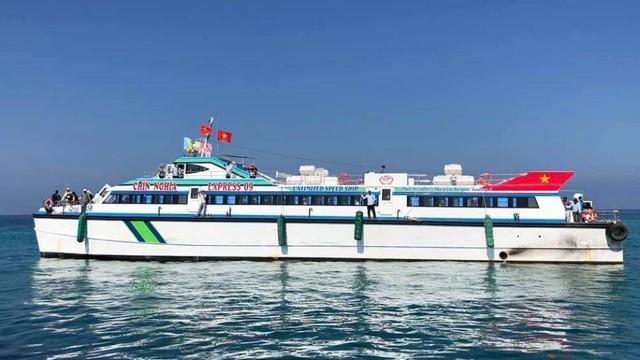 Tàu siêu tốc triệu đô bắt đầu đón khách tuyến Lý Sơn- Sa Kỳ - Ảnh 1.