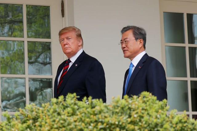 Hối hả về hạt nhân Triều Tiên: Ông Trump thân chinh đến Hàn Quốc - Ảnh 1.
