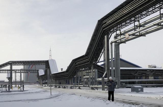 Năng lượng Nga trả giá đắt khi loạt khách lấp lửng - Ảnh 1.