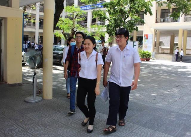 Đà Nẵng thông tin liên quan đến kỳ thi tuyển sinh lớp 10 THPT và lớp 10 trường THPT chuyên Lê Quý Đôn năm học 2019-2020 - Ảnh 1.