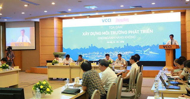 """Vận tải hàng không Việt Nam cần minh bạch, loại bỏ ngay tư duy """"nhà nước và tư nhân"""" hay """"con đẻ con nuôi"""" - Ảnh 1."""