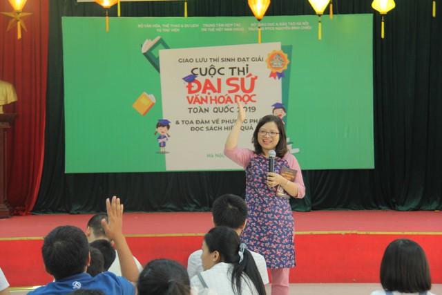 Giao lưu các thí sinh đạt giải Cuộc thi Đại sứ Văn hóa đọc năm 2019 - Ảnh 2.